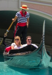 Jodie Sweetin and Justin Hodak take a Romantic Gondola Ride at The Venetian Las Vegas