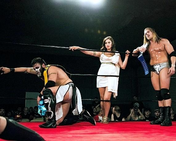"Joe Graves, Valerie Rose and Alexander Hammerstone at 3PW ""Unstoppable"""