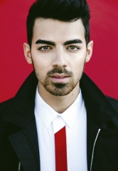 Joe Jonas takes over DJ Booth at Hyde Bellagio with High-Energy Set May 23