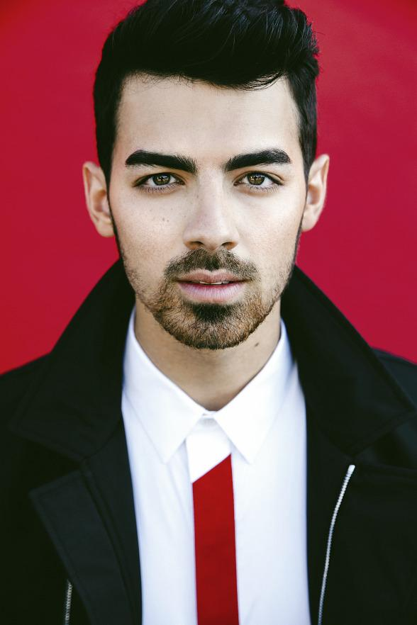 Joe Jonas Returns to Hyde Bellagio to Deliver a Dynamic DJ Set July 25