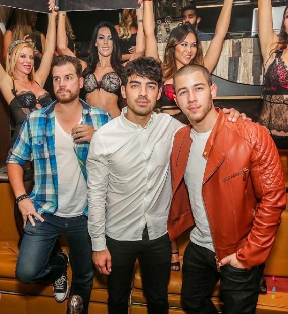 Joe Jonas and Nick Jonas at Hyde Bellagio