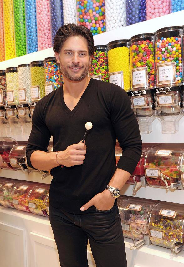 Joe Manganiello shopping for sweets at Sugar Factory at Paris Las Vegas