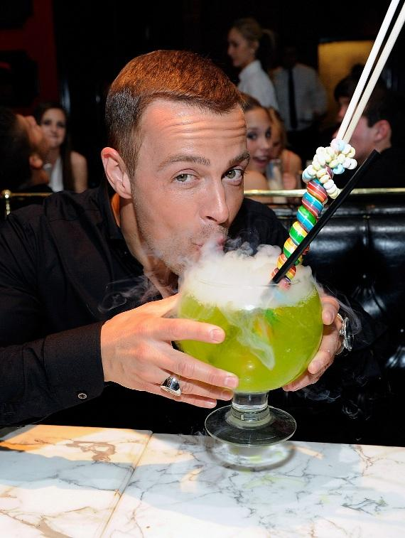 Joey Lawrence sips on 36-ounce Lollipop Passion Goblet