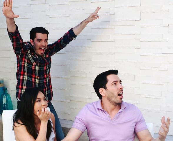 Jonathan Defeats Drew in Final Battle of HGTV's 'Brother vs. Brother'