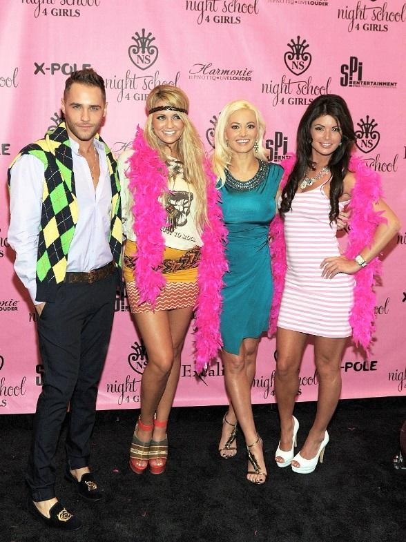 Laura Croft, Holly Madison, Angel Porrino, Josh Strickland at Night School 4 Girls