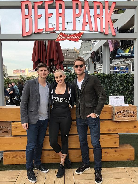 Actor Justin Hartley Dines at Beer Park in Las Vegas