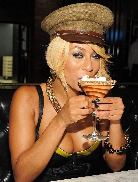 Keri Hilson sipping on a S'mores martini