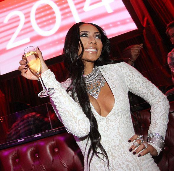 Pop Songstress Keri Hilson Rings in New Year at LAX Nightclub