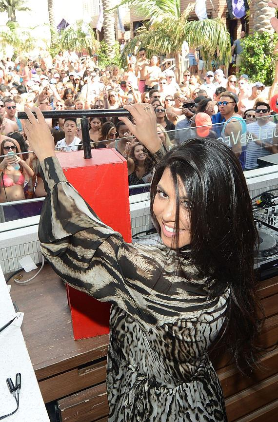 Kourtney Kardashian sets off fireworks at Marquee Dayclub