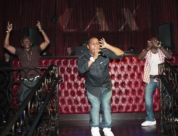 Naughty By Nature and Coolio perform at LAX  Nightclub
