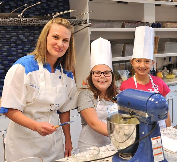 The Cooking Experience Creates an Interactive Kitchen for Young ChefsThe Cooking Experience Creates an Interactive Kitchen for Young Chefs