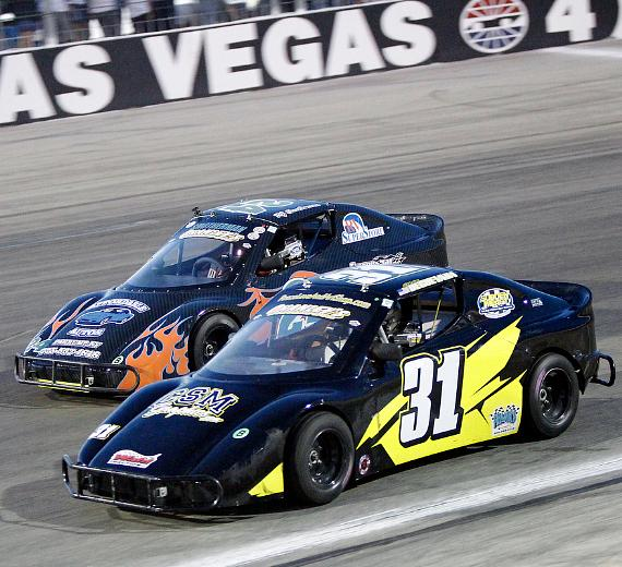 Racing at The Bullring at LVMS