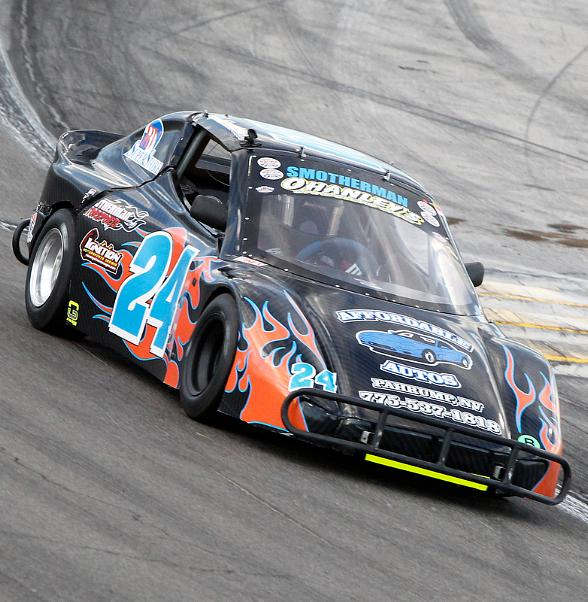 Drivers Weather Triple-Digit Heat, Rare Rain Delay at The Bullring During Chris Trickle Classic