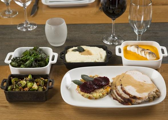 La Cave Wine & Food Hideaway Celebrates Thanksgiving with Gourmet Turkey Dinner