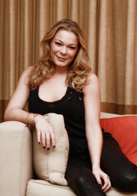 LeAnn Rimes Gets Pampered by COLOR: A Salon by Michael Boychuck in Las Vegas