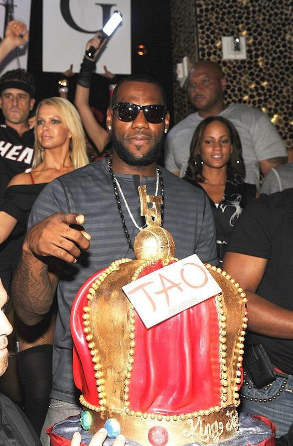 LeBron James, Dwayne Wade, Chris Paul, Michelle Williams at TAO Beach