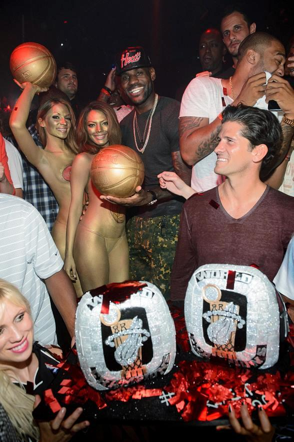 LeBron James with cake at TAO