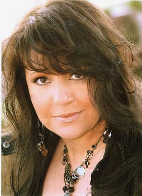 Lena Prima to Sing Hits of Her Legendary Father Louis Prima at Suncoast Showroom June 19-20