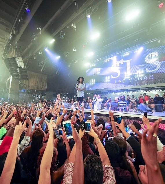 Lil Wayne Performs to a Sold-out crowd at LiFE Nightclub on Fourth of July