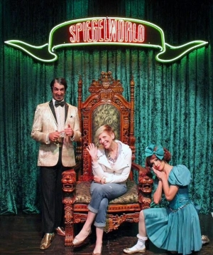 Comedian Lisa Lampanelli Attends ABSINTHE at Caesars Palace in Las Vegas
