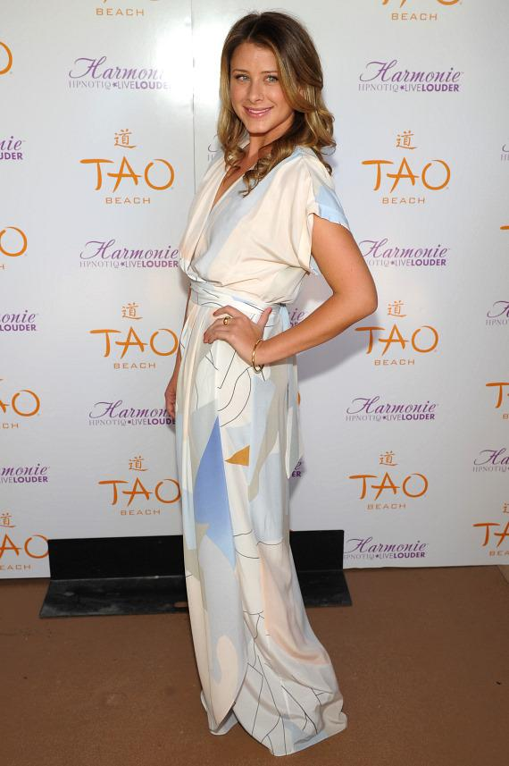 Lo Bosworth on TAO Beach red carpet
