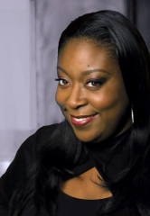 "Celebrate Valentine's Day with Comedienne Loni Love at ""Lipshtick – The Perfect Shade Of Stand Up""on February 14"