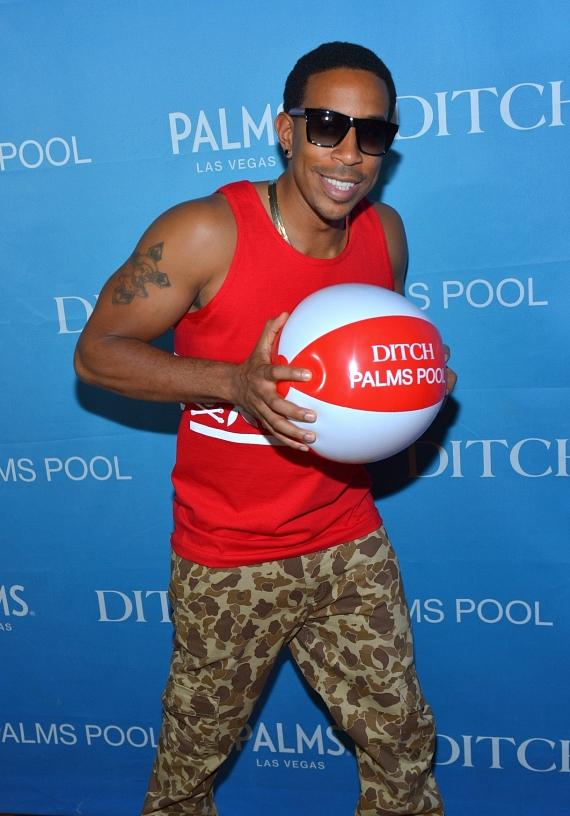 """Ludacris posing on the red carpet at """"Ditch Fridays"""" pool party at Palms Casino Resort"""