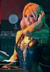 DJ and Violin Virtuoso Lydia Ansel Returns to Rockhouse after stop in Guantanamo Bay