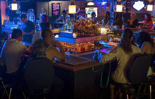 The Sand Dollar Lounge Celebrates Grand Opening Week, Aug. 18-22