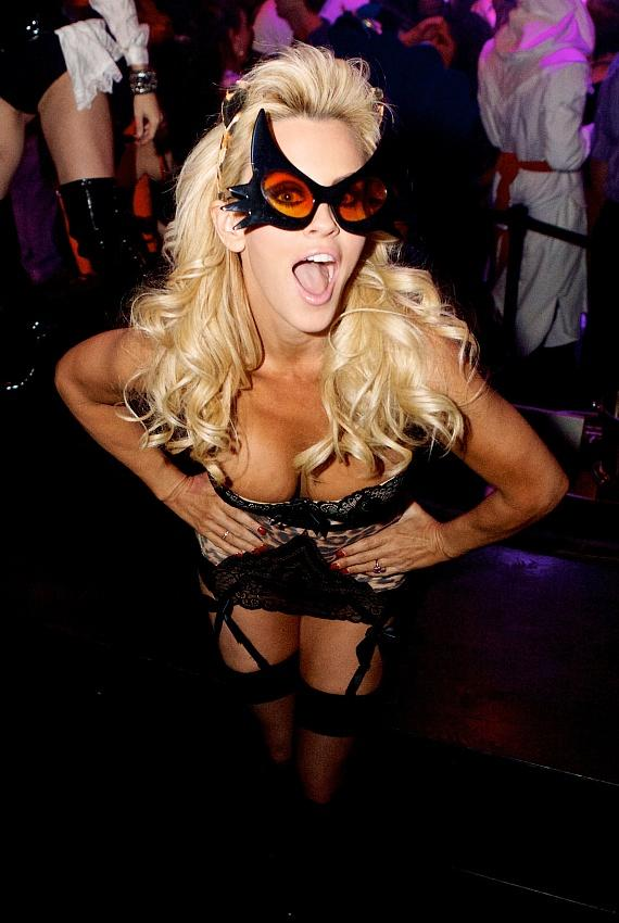 Jenny McCarthy celebrates Birthday and Halloween at Gallery Nightclub