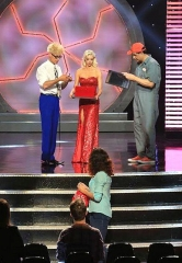 """MURRAY 'Celebrity Magician' films CW's """"Masters of Illusion"""" Season 2 in Hollywood"""