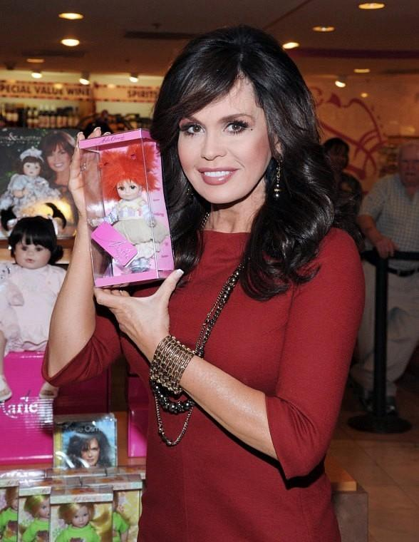 Marie Osmond signs dolls at Flamingo Promenade Gift Store in Las Vegas