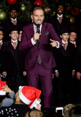 Matt Goss, Mark Shunock and Las Vegas Academy Choir Open Holiday at The Park for a Second Year of Seasonal Fun