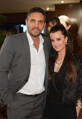 Kyle Richards hosts Beverly Hills party for ONE DROP;  Adrian Grenier, Candy Spelling & Frances Fisher in attendance