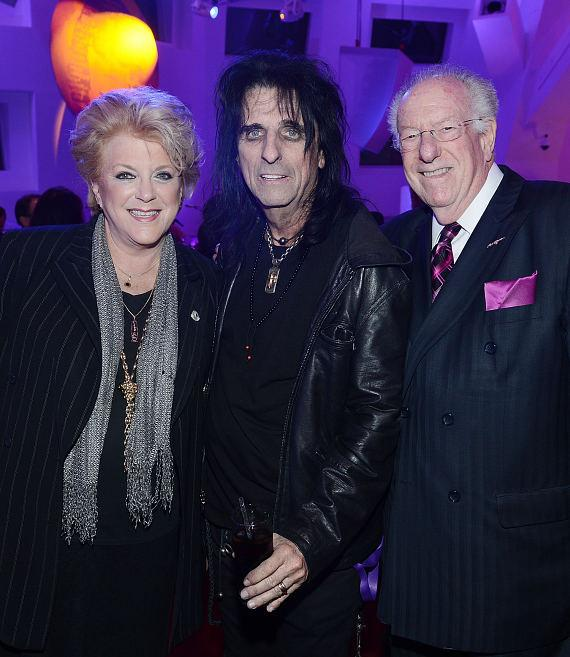 Las Vegas Mayor Carolyn G. Goodman and former Las Vegas Mayor Oscar Goodman with Alice Cooper