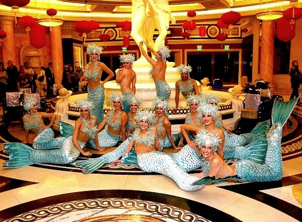 Bette Midler's 'Caesar Salad Girls' Parade Through Caesars Palace