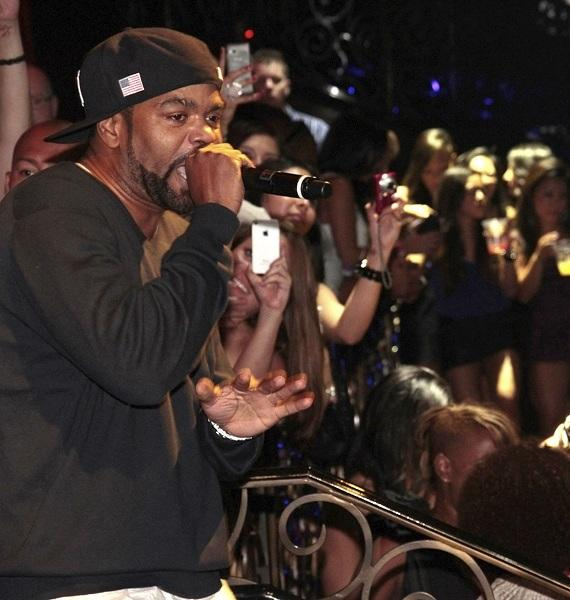 Method Man performs at LAX Nightclub