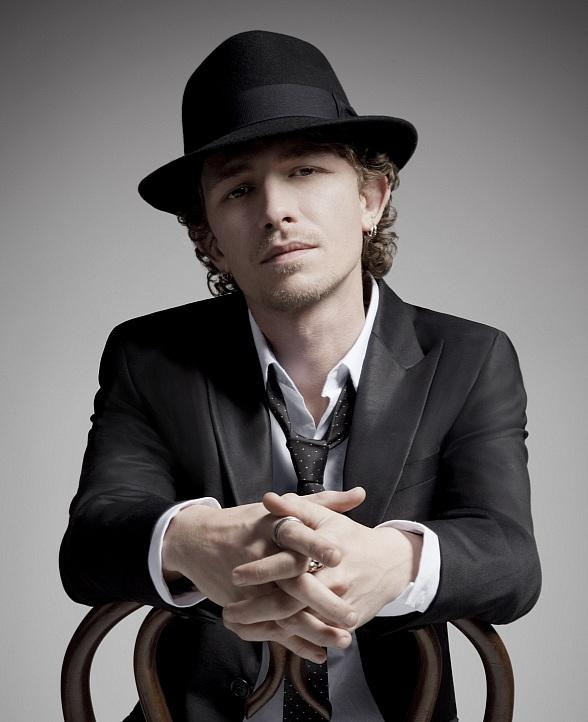 Award-Winning Artist Michael Grimm to Perform Four-Week Limited Engagement at M Resort Spa Casino Starting June 27