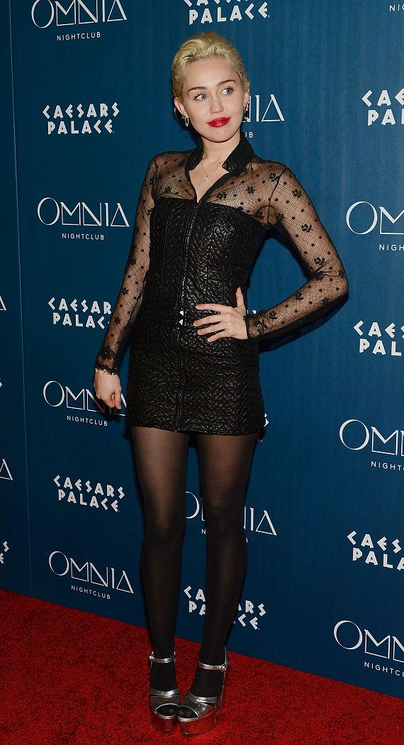 Miley Cyrus walks OMNIA Red Carpet