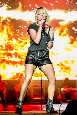 Miranda Lambert Brings Little Red Wagon to Laughlin Event Center May 6