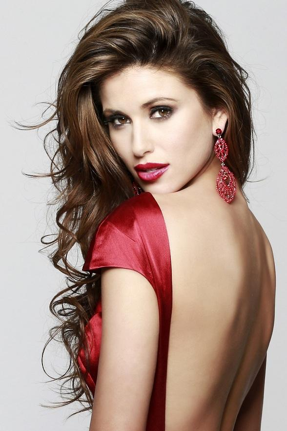 Miss USA 2014 Nia Sanchez to Host National Lollipop Day Benefiting The Shade Tree at Sugar Factory Town Square July 20