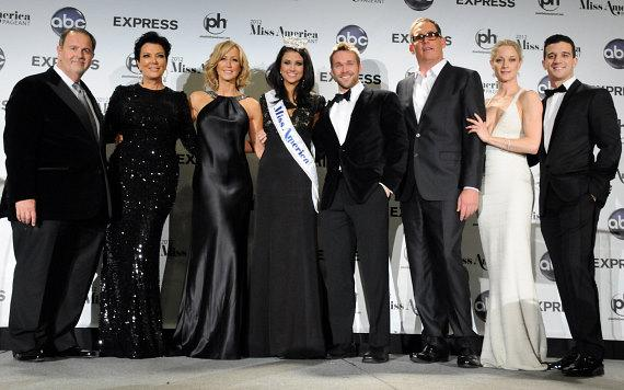 Miss America 2012 Laura Kaeppeler with judges and officials