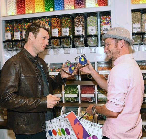 Nick Carter and Brian Littrell pick up favorite treats