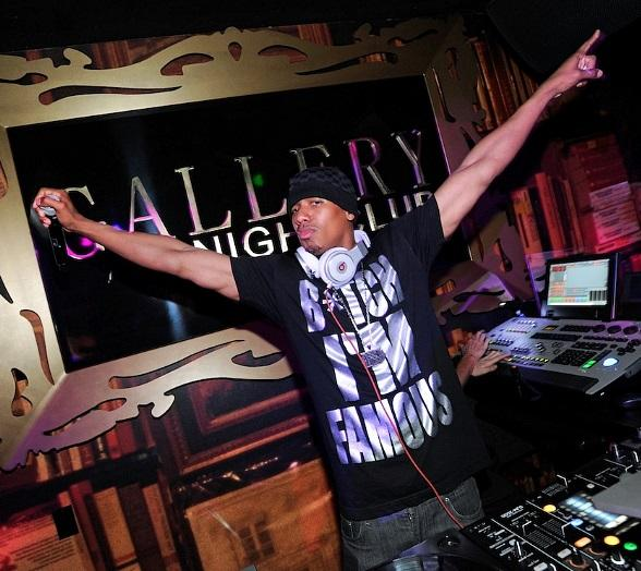 Nick Cannon Spins at Gallery Nightclub in Las Vegas