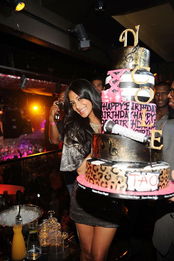 Nicole Scherzinger with birthday cake at TAO