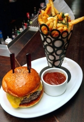 Old Homestead Steakhouse at Caesars Palace Unveils New Burger