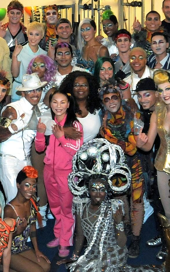"Oprah Winfrey visits Michael Jackson ONE and ""O"" by Cirque du Soleil for Student's 21st Birthday"