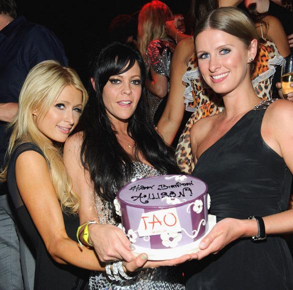 Paris Hilton, Allison Melnick and Nicky Hilton at TAO