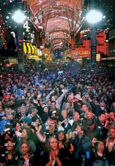 "Join The Party! Ring In 2018 at Fremont Street Experience During ""America's Party Downtown"" Dec. 31"
