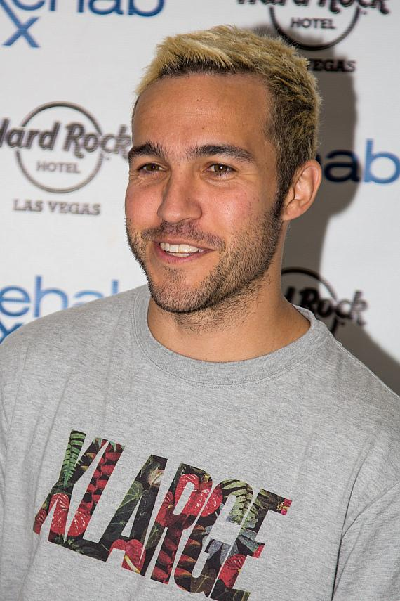 Pete Wentz arrives at REHAB